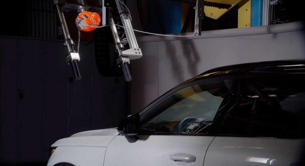 Prueba de Volvo y POC de un casco para ciclistas vs automoviles