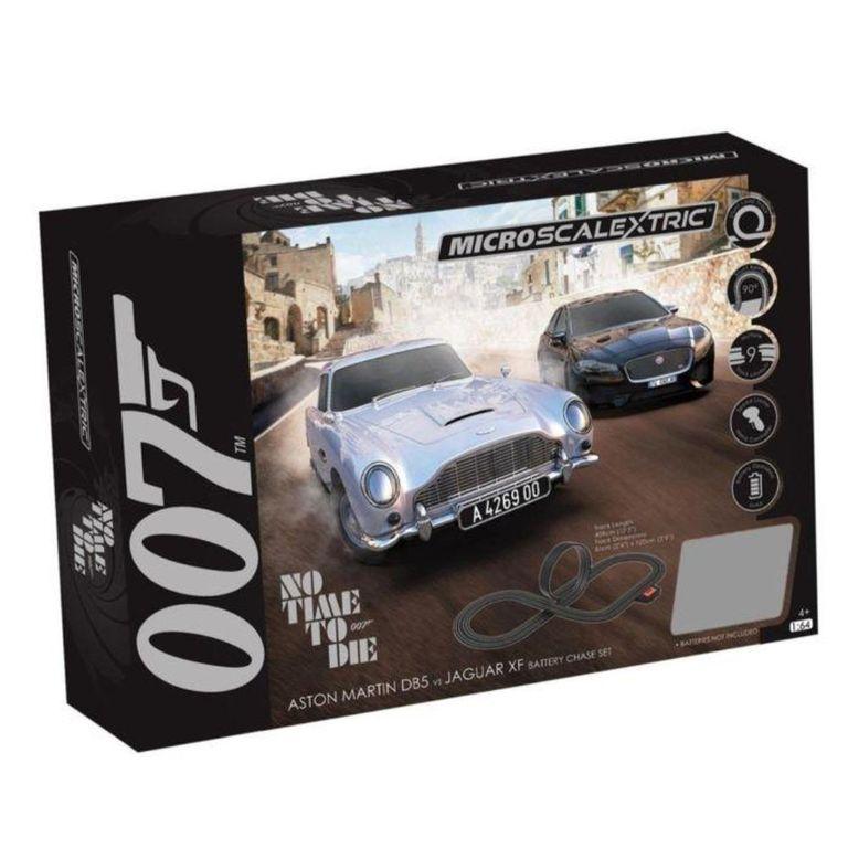 Un nuevo lote de dioramas de vehículos y modelos famosos de autos Bond ya están disponibles para ordenar